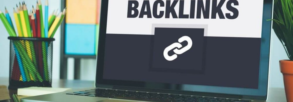 Backlinks Icon Concept on Laptop Screen